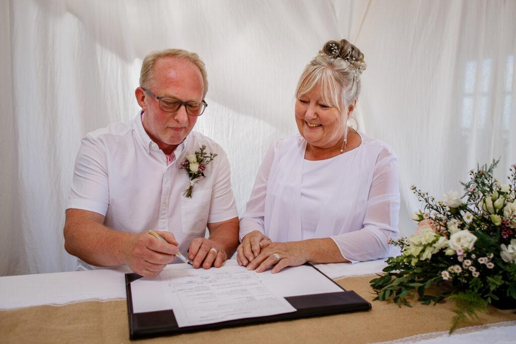 anne-john-cape-cornwall-wedding-110
